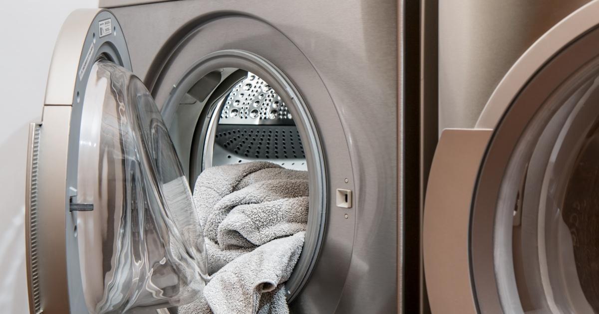 Gewerbewaschmaschinen  - Hotels - Wichtigste Merkmale • Technikwerker